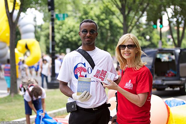 celebrate-america-july4-outreach-004.jpg (Large)