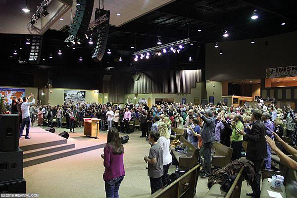 worshipday2night19.jpg (Large)