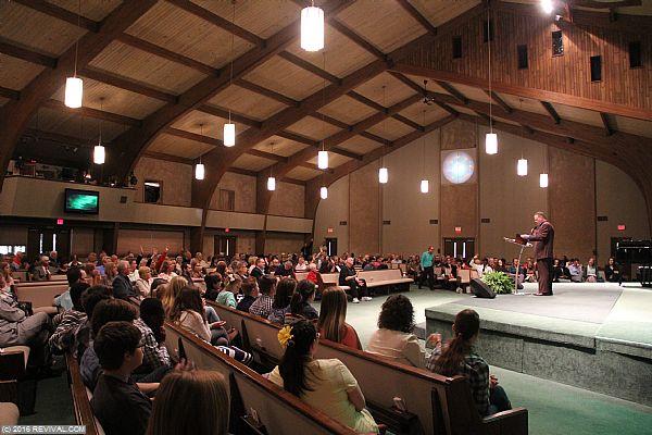 preaching11.JPG (Large)