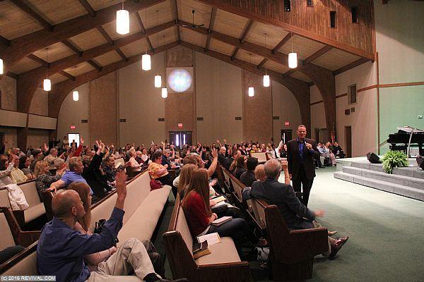 preaching10.JPG (Large)