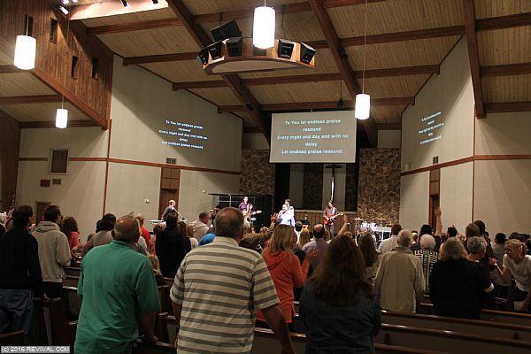 worship 9.JPG (Large)