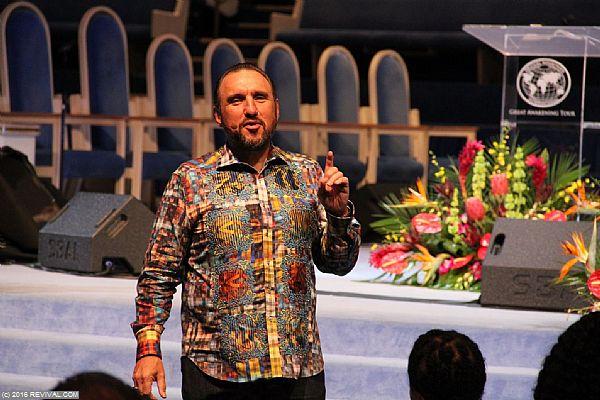 preaching15.JPG (Large)