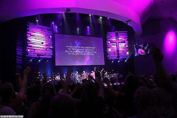 worship4jack8.JPG (Large)