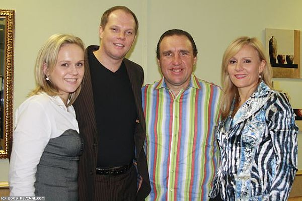 Durban Sunday PM - Pastor Jacques and Maria Van De (Large)