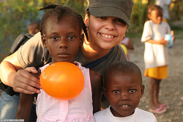 Haiti13.2.10_25.JPG (Large)