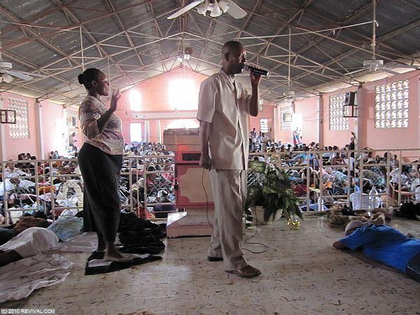 Haiti13.2.10_11.JPG (Large)