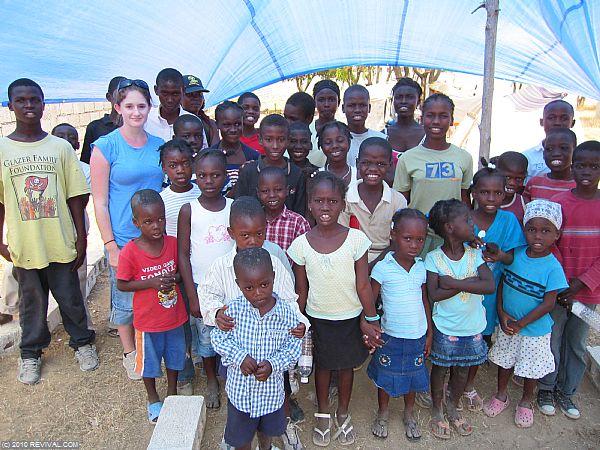 Haiti16.2.10am_9.JPG (Large)