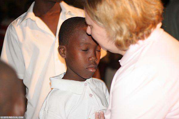 Haiti18.2.10pm_12.JPG (Large)