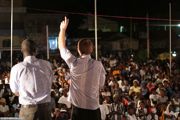 Haiti18.2.10pm_9.JPG (Large)