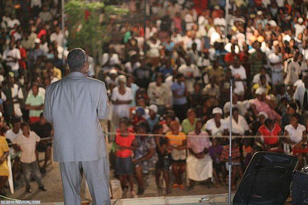 Haiti20.2.10pm_5.JPG (Large)