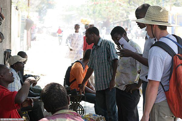 Haiti20.2.10am_7.JPG (Large)