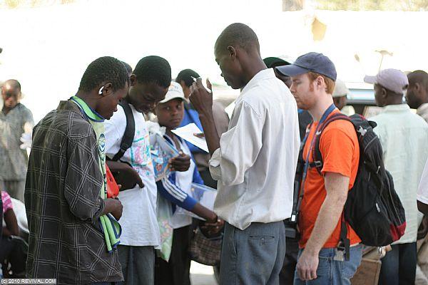 Haiti20.2.10am_4.JPG (Large)