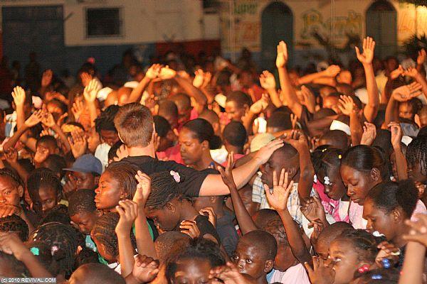 Haiti21.2.10pm_11.JPG (Large)