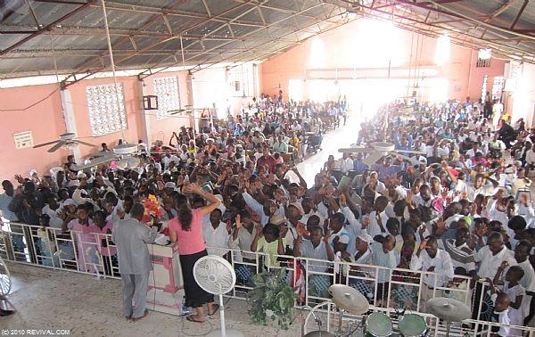 Haiti21.2.10am_16.JPG (Large)