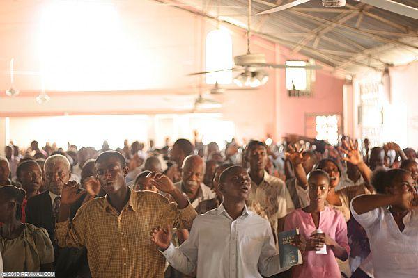Haiti21.2.10am_5.JPG (Large)