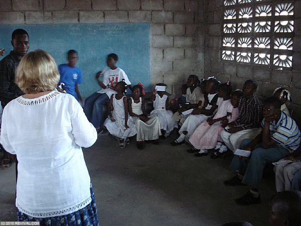 Haiti21.2.10am_1.JPG (Large)