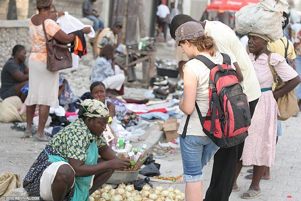 Haiti25.2.10am_3.JPG (Large)
