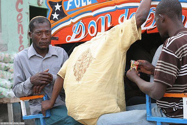 Haiti25.2.10am_1.JPG (Large)