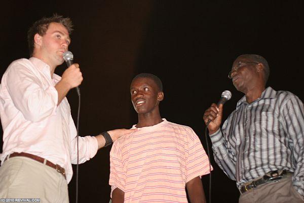 Haiti25.2.10pm_10.JPG (Large)