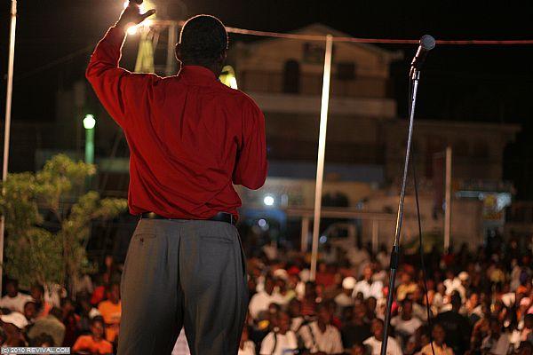 Haiti25.2.10pm_2.JPG (Large)