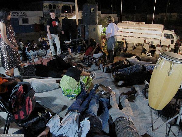 Haiti26.2.10pm_15.JPG (Large)