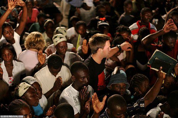 Haiti26.2.10pm_13.JPG (Large)