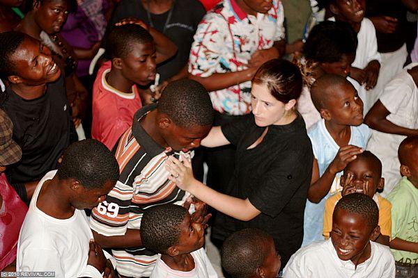 Haiti26.2.10pm_12.JPG (Large)