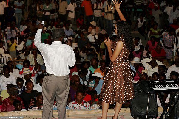 Haiti26.2.10pm_10.JPG (Large)