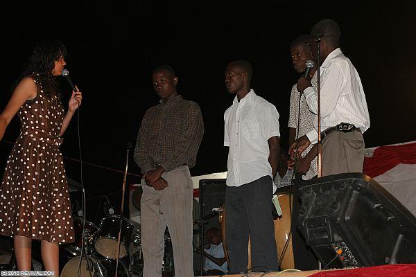 Haiti26.2.10pm_3.JPG (Large)