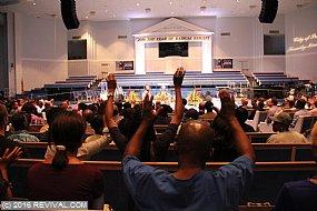 preaching5th12.JPG (Medium)