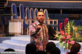 preaching5th2.JPG (Medium)