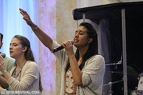 Worshipnightorl12.JPG (Medium)