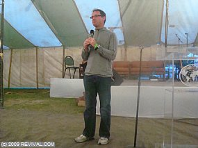 Pastor Phil thursday.jpg (Medium)