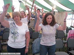 worshipping.jpg (Medium)