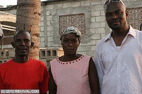 Haiti13.2.10_29.JPG (Medium)