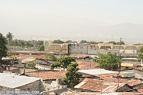 Haiti13.2.10_20.JPG (Medium)