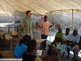 Haiti18.2.10am_2.JPG (Medium)