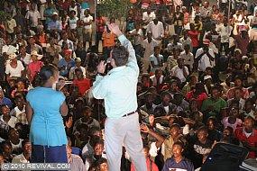Haiti20.2.10pm_15.JPG (Medium)