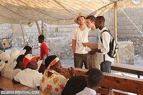 Haiti24.2.10am_2.JPG (Medium)