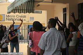 Haiti25.2.10am_7.JPG (Medium)