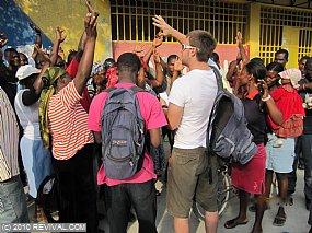 Haiti25.2.10am_10.JPG (Medium)