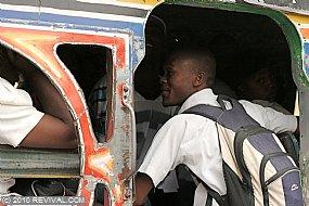 Haiti26.2.10am_11.JPG (Medium)